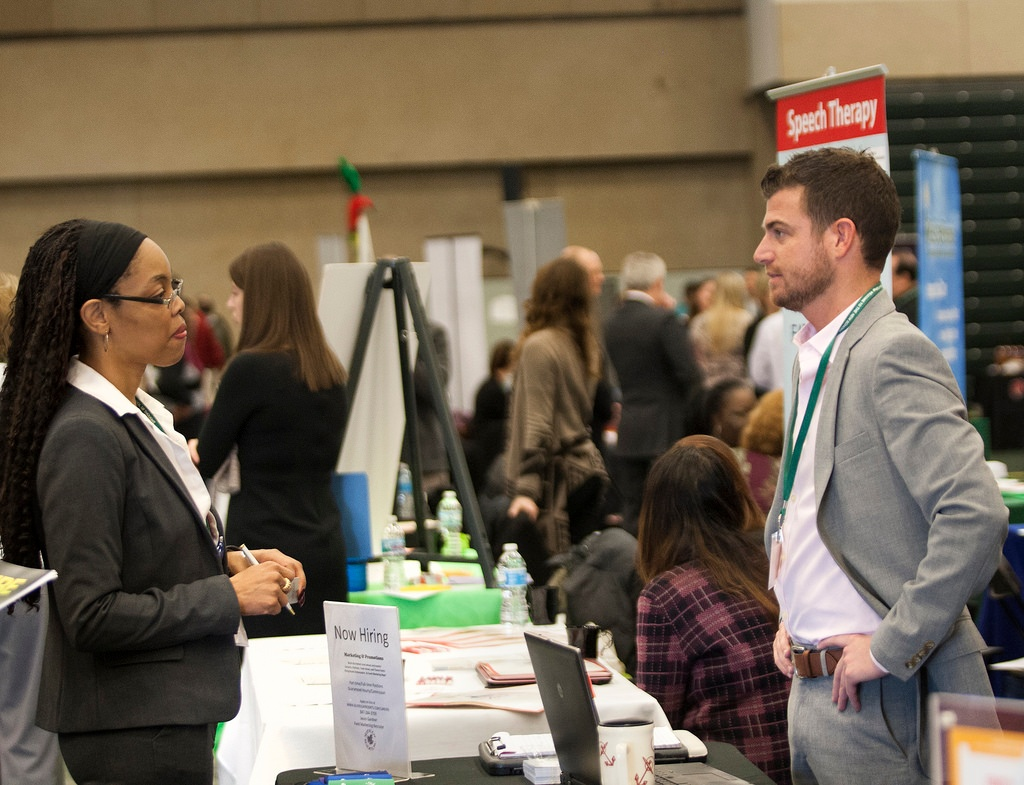 Join Switchfast at the Chicago International Student Career Fair!